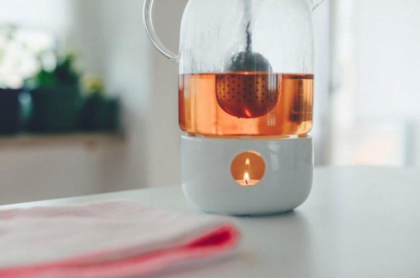 ekološki čaj v kovinskem filtru
